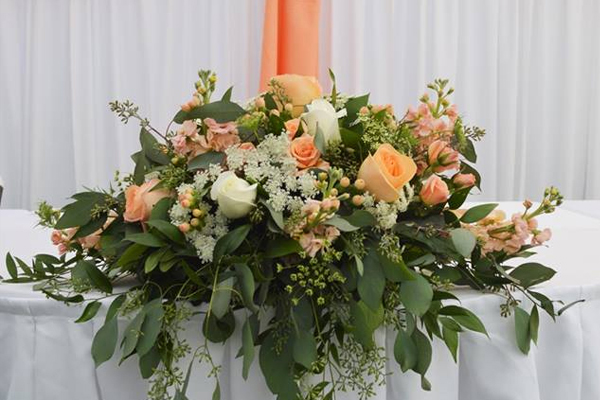 Peach & White Centerpiece